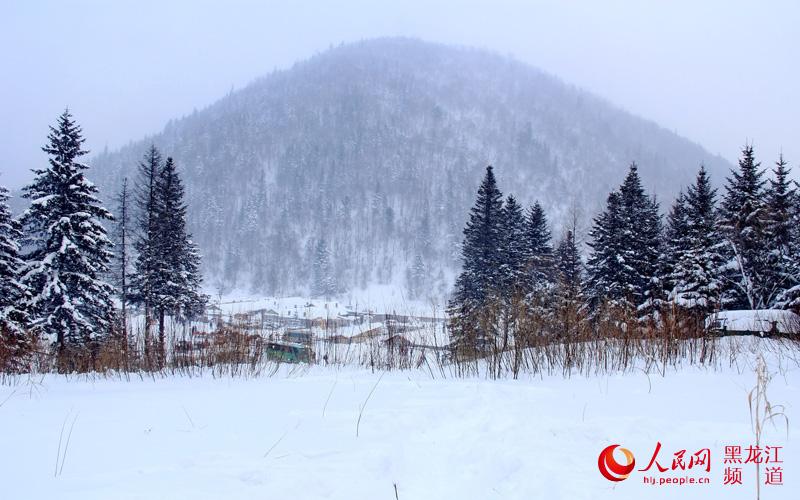 """图说龙江:冰雪生态旅游型新农村树起""""雪乡""""新名片【8】"""