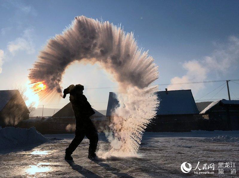 12月3日,在黑龙江省漠