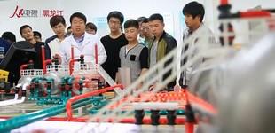 高质量发展看龙江:大学生创业有土壤        数据显示,黑龙江的创业大学生由2014年的1543人增至16111人。