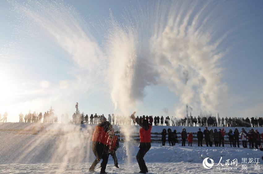 """漠河迎-43.5℃入冬最低温 神州北极""""泼水成冰""""(组图)【4】"""