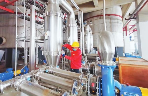 黑龙江省百大项目肇东市星湖科技生物发酵产业园项目设备安装有序推进